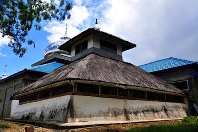 Wisata Religi: 9 Masjid Tertua di Aceh