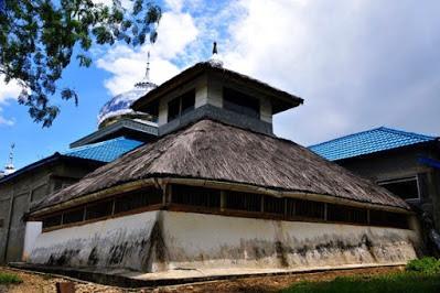 9 Masjid Tertua di Aceh yang Harus Anda Kunjungi