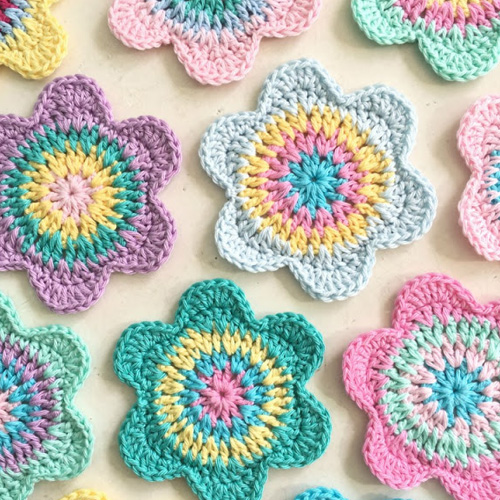 Happy Flower Crochet Coasters - Free Pattern