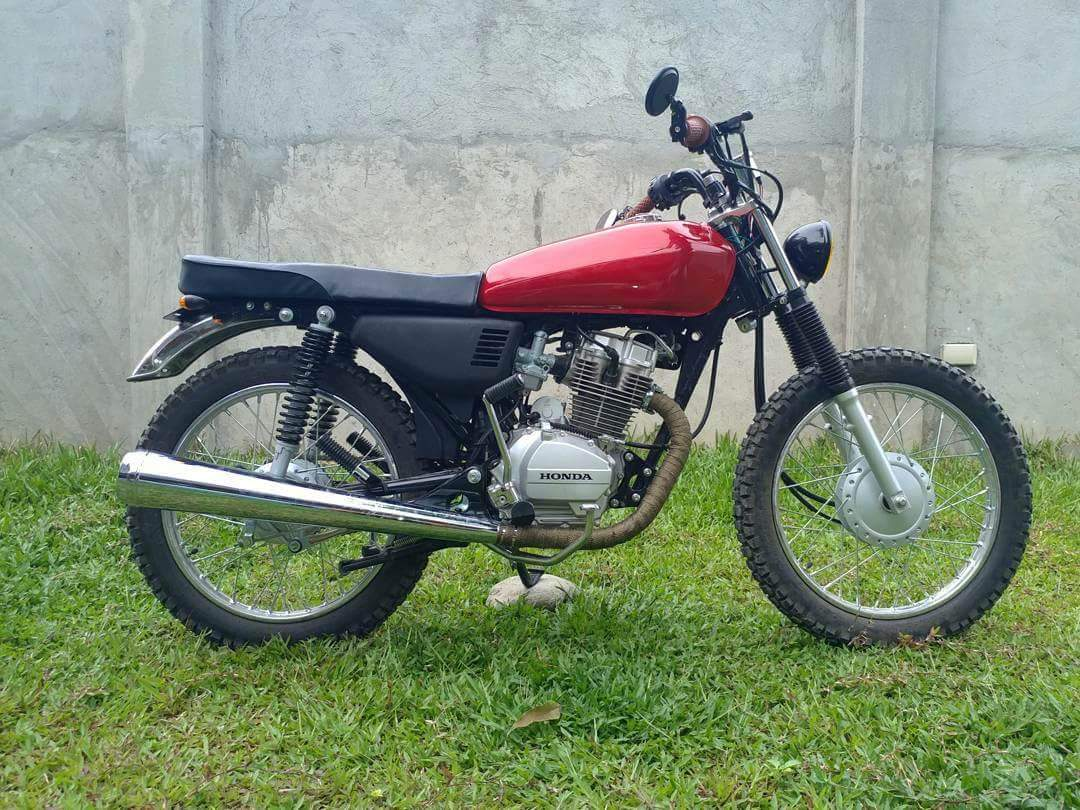 hight resolution of it s also easier to customize since it is pretty much a bare bones motorcycle with lots of parts available in the market that fit