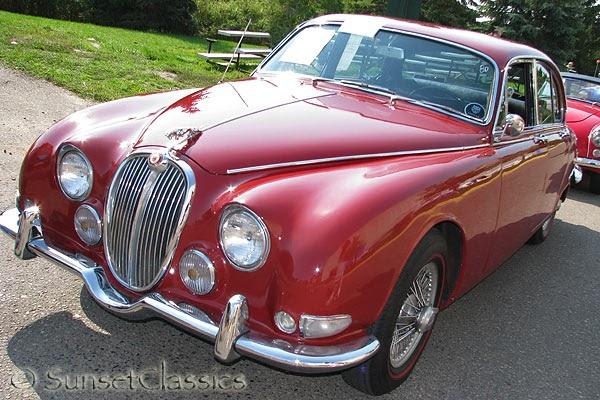 ckd boats roy mc bride the jaguar mirror page du ponts new red painted jaguar 3 8 s type. Black Bedroom Furniture Sets. Home Design Ideas