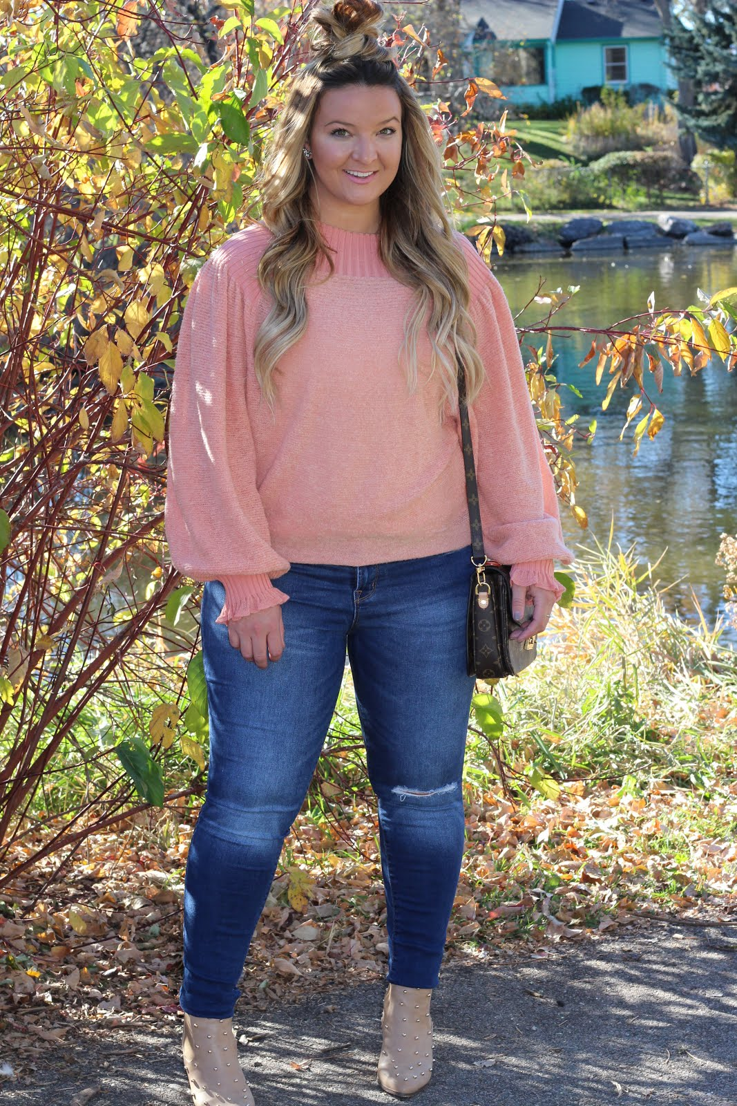 The Perfect Pink Sweater by Denver fashion blogger Delayna Denaye