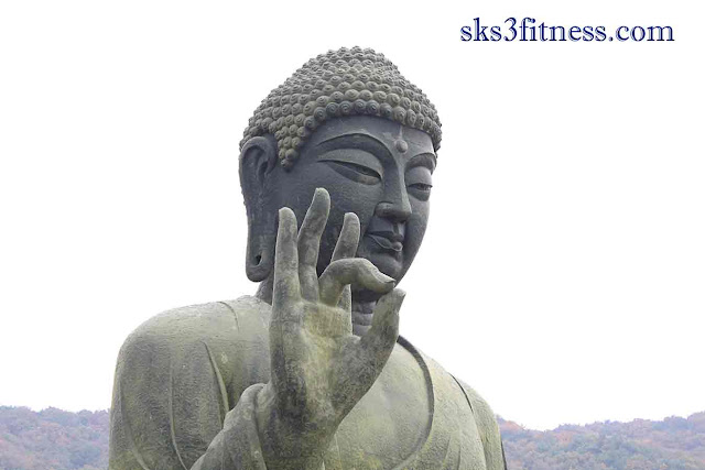 Buddha's biggest standing statue in Aakash mudra / hand gesture for meditation