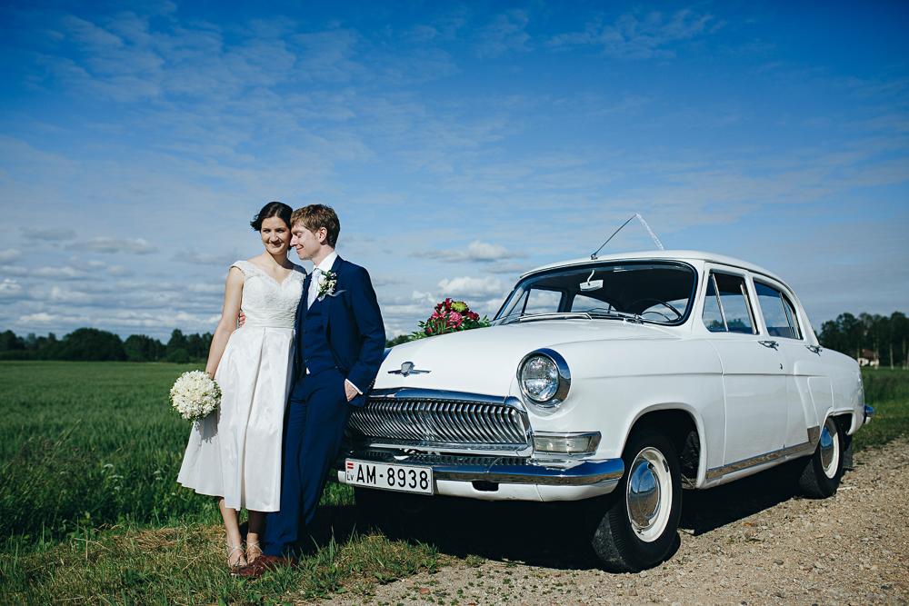 balta volga gaz21 internacionālās kāzās