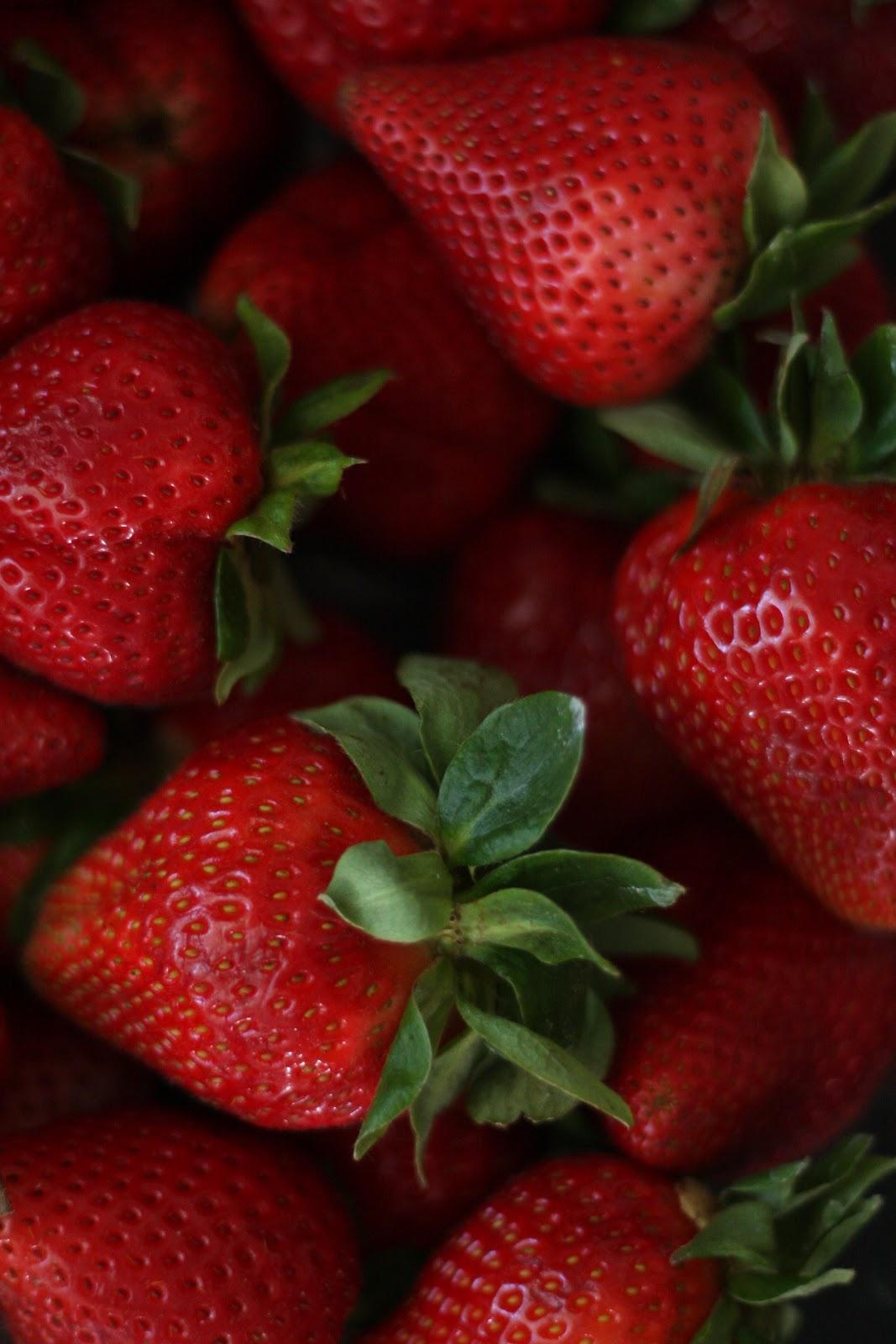 Cher Stuff: Fresh Berry Birthday Tarte