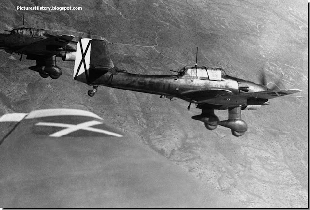 German Stuka Dive Bomber JU 87 Spanish skies 1939 spanish civil war