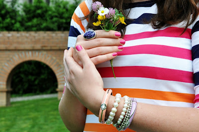 colorful striped shirt, silver ring with violette stone, SYL & pearl bracelets