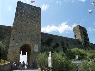 Monteriggioni-Puerta de Levante.