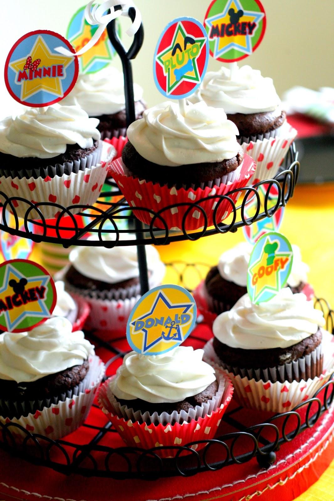 The Carver Crew: A VERY MICKEY BIRTHDAY