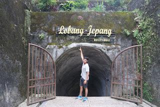 lobang jepang taman panorama bukittinggi sumatera barat