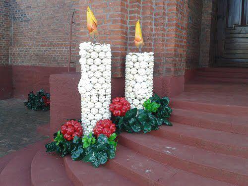 14 espectaculares adornos navide os gigantes hechos con for Adornos navidenos hechos con botellas plasticas