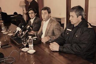 ante el tremendo escándalo vivido ayer con los allanamientos a jefes policiales por parte de Gendarmería nacional.