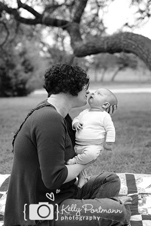 Wimberley Newborn Session, Wimberley Newborn Photograher, Ranch Photos, Kelly Portmann Photography, Kelly Portmann, Newborn Session, San Antonio Newborn