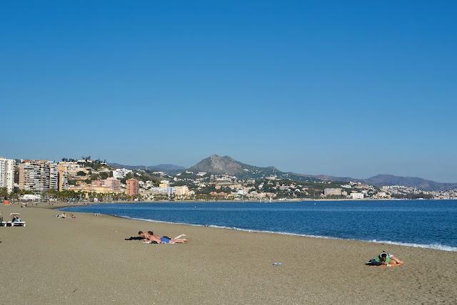 plaże w Maladze, poza sezonem