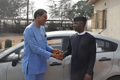 Imo State Governor Rochas Okorocha Presents A New Car To Late Sonny