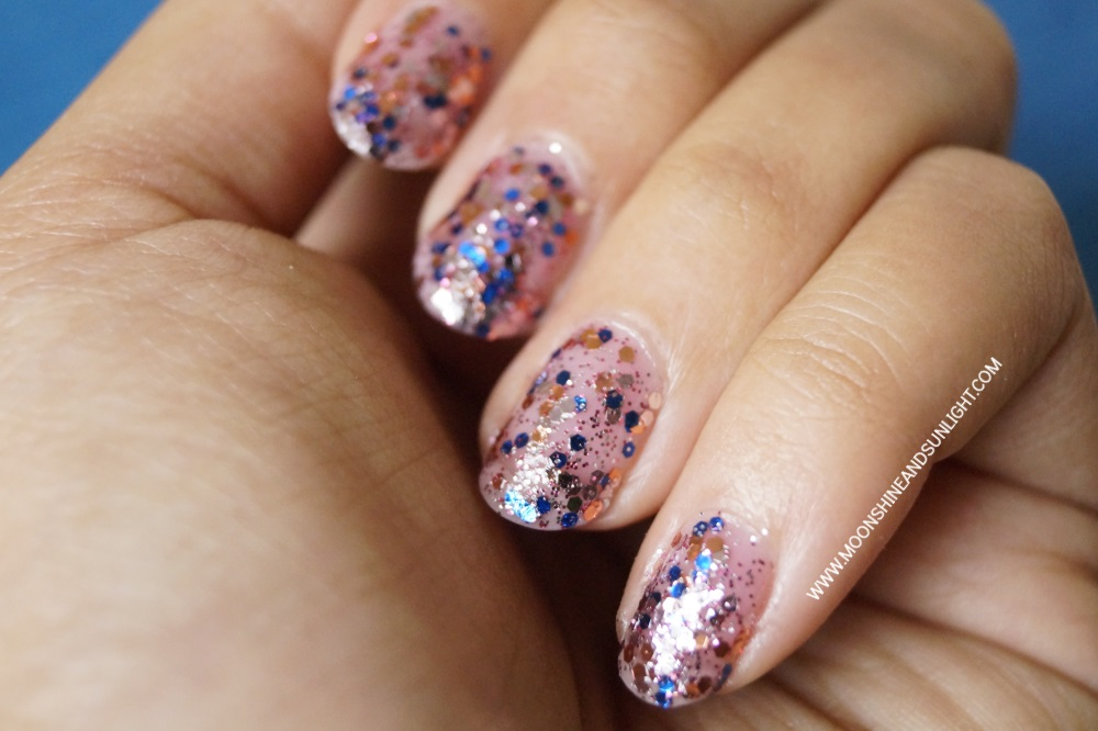 How to Correctly Apply Glitter Polish | Tutorial