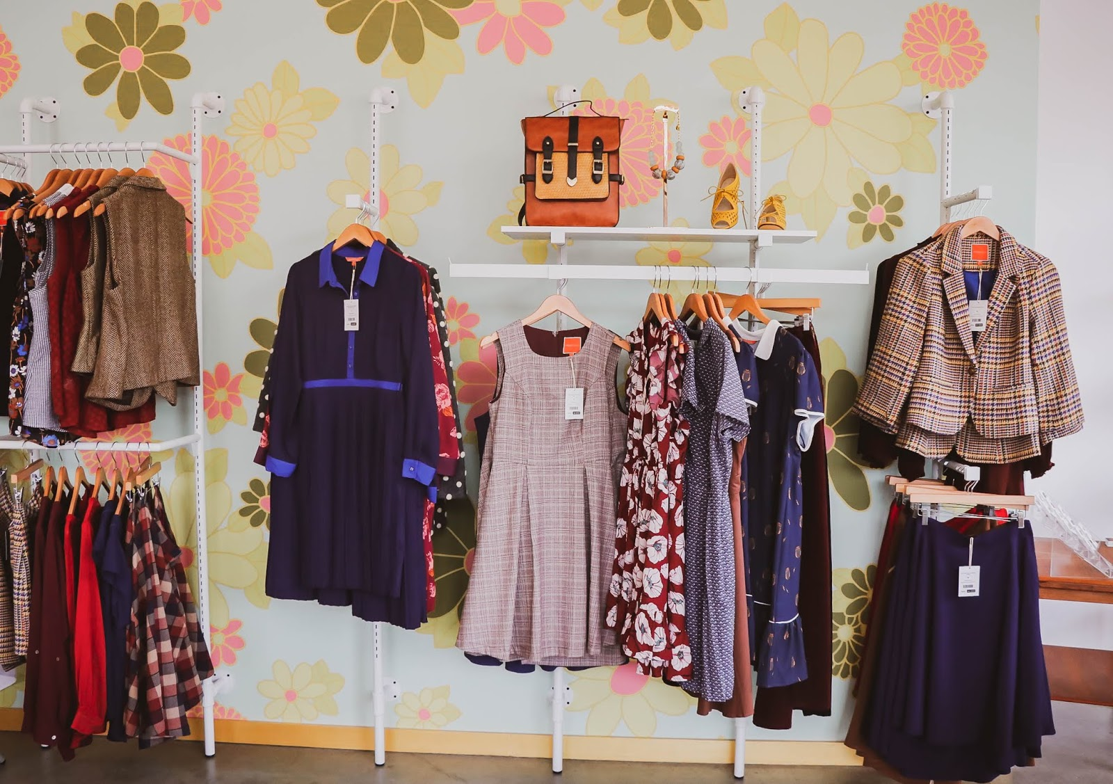 modcloth DC fitshop, Dc lifestyle, store opening, dc love, dc blogger, fashion store, online retailer, shopping, stylist, fashion scene in DC, blogger, lifestyle, clothes, trend talk, myriad musings
