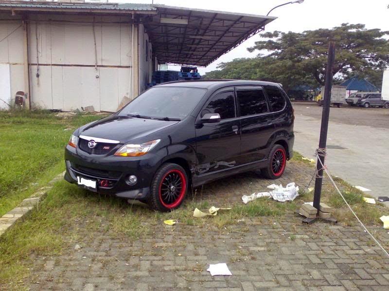 Modifikasi Mobil Daihatsu Xenia Sporty