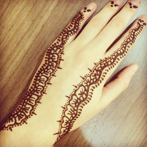 Gambar Henna Tangan Kiri 6