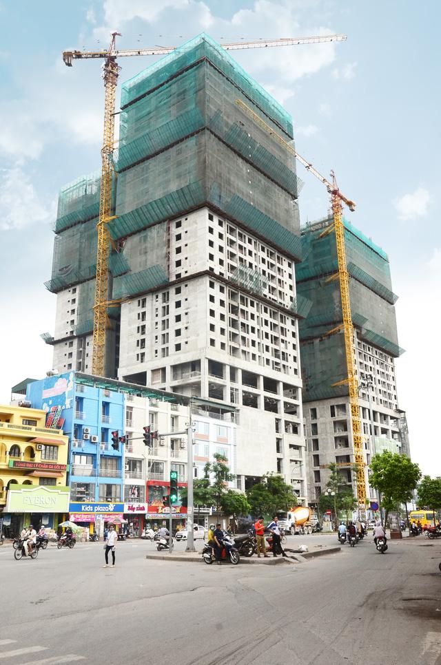 Tập đoàn Hòa Phát đã chính thức cất nóc tòa tháp