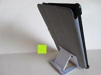 hinten mit Hülle: Marrywindix Mehrere Karten-slots Multi-Winkel Handy Smartphone Tablet E-Reader Allgemeine Halterung Ständer Handyhalterung (Grau-Weiß)