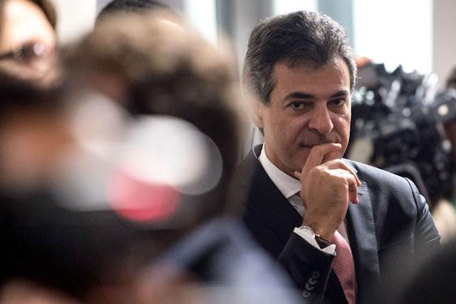 O dono da Construtora Valor, Eduardo Lopes de Souza, afirmou que parte dos desvios de dinheiro descobertos pela Operação Quadro Negro serviriam para bancar as campanhas do governador do Paraná, Beto Richa (PSDB).