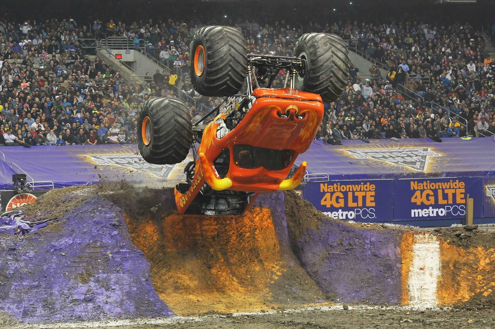 Full Throttle Family Fun In Cardiff On 3rd September At Monster Jam®
