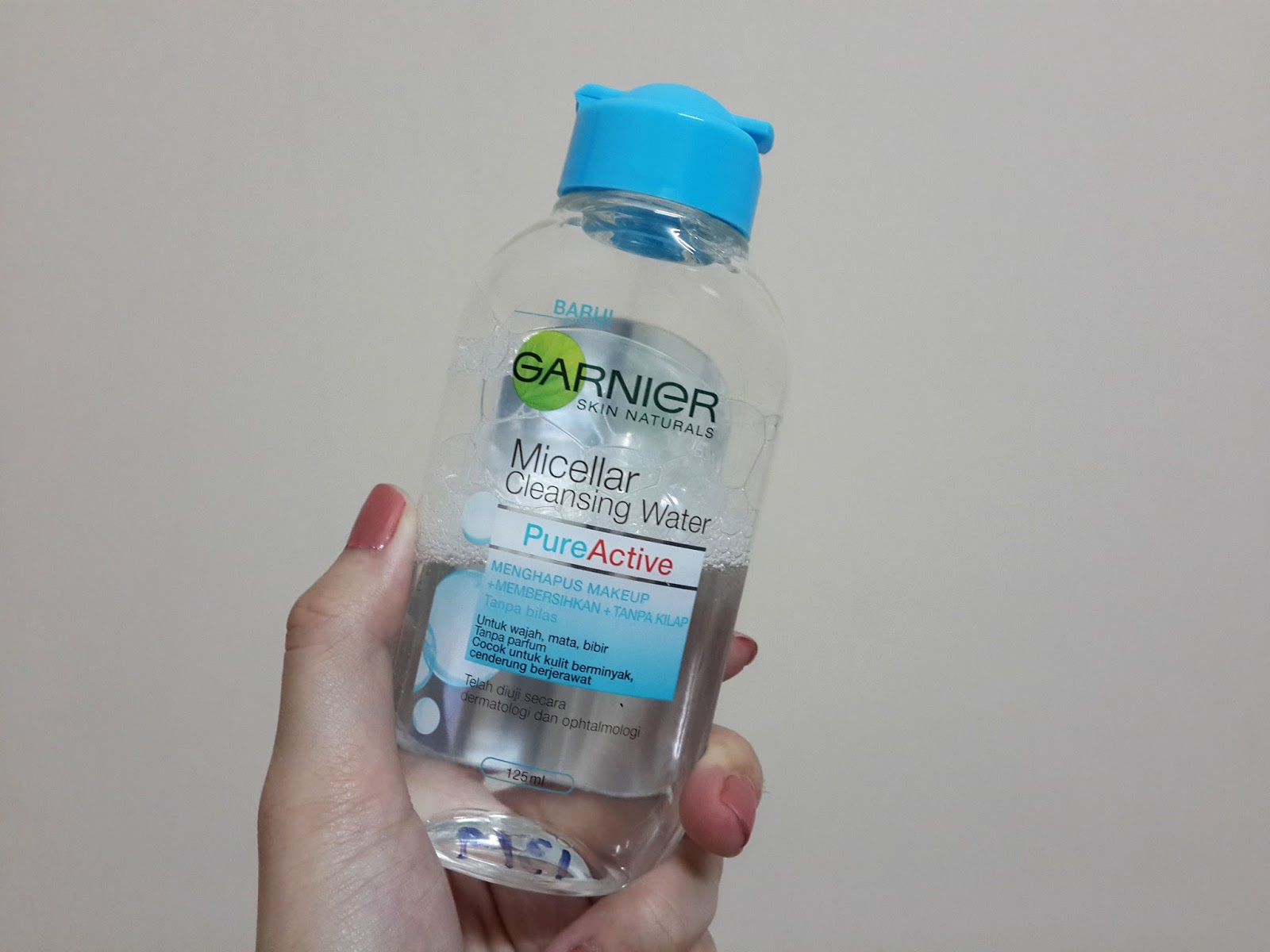 Garnier Micellar Cleansing Water Nay Honey 125ml Recently Came Out With The Being An Intern At Loreal Malaysia I Received A Travel Sized Bottle To Try It
