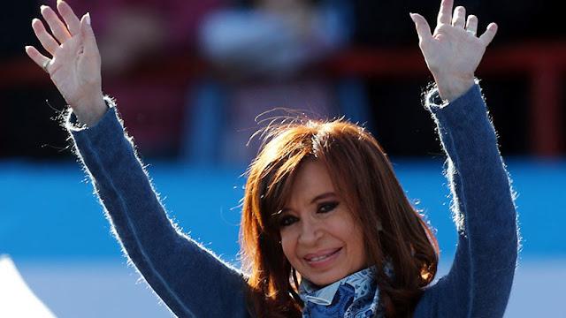 """Destapan una presunta """"campaña anti-Kirchner"""" emprendida por una empresa británica"""