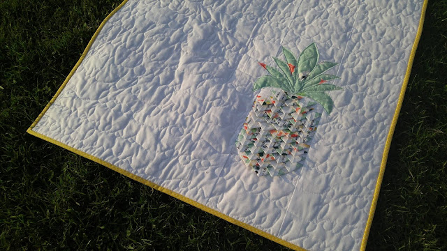 Selvage pineapple fruit of the Spirit quilt