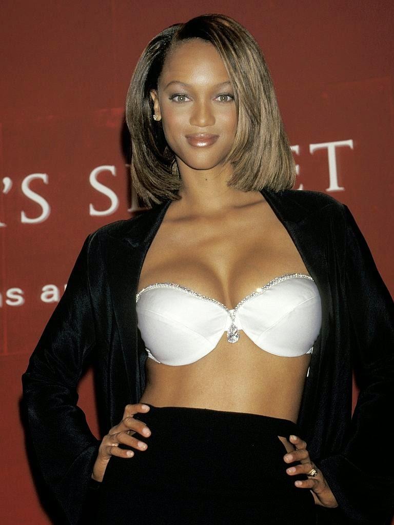 Tyra Banks - Diamond Dream Bra (1997)