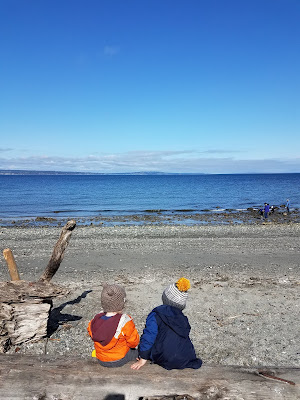 Toddler and Preschooler Activities that start with B Beach Day