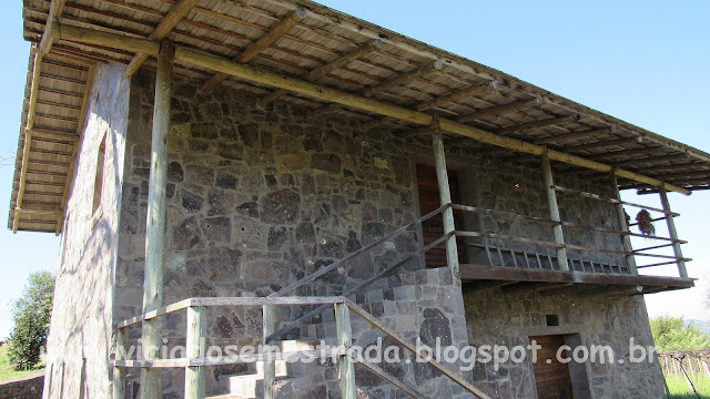 Casa de pedra junto à Vinícola Estrelas do Brasil, Bento Gonçalves, Serra Gaúcha