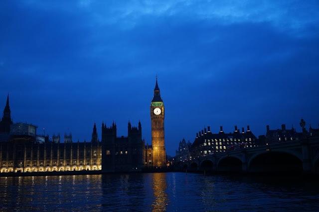 Big Ben London by night