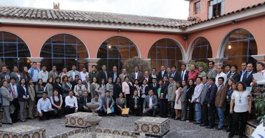Docentes de seis regiones firman la Declaración de Ayacucho