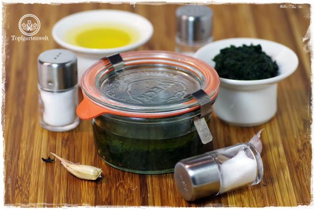Basilikumpaste Pesto Genovese selber machen - Foodblog Topfgartenwelt