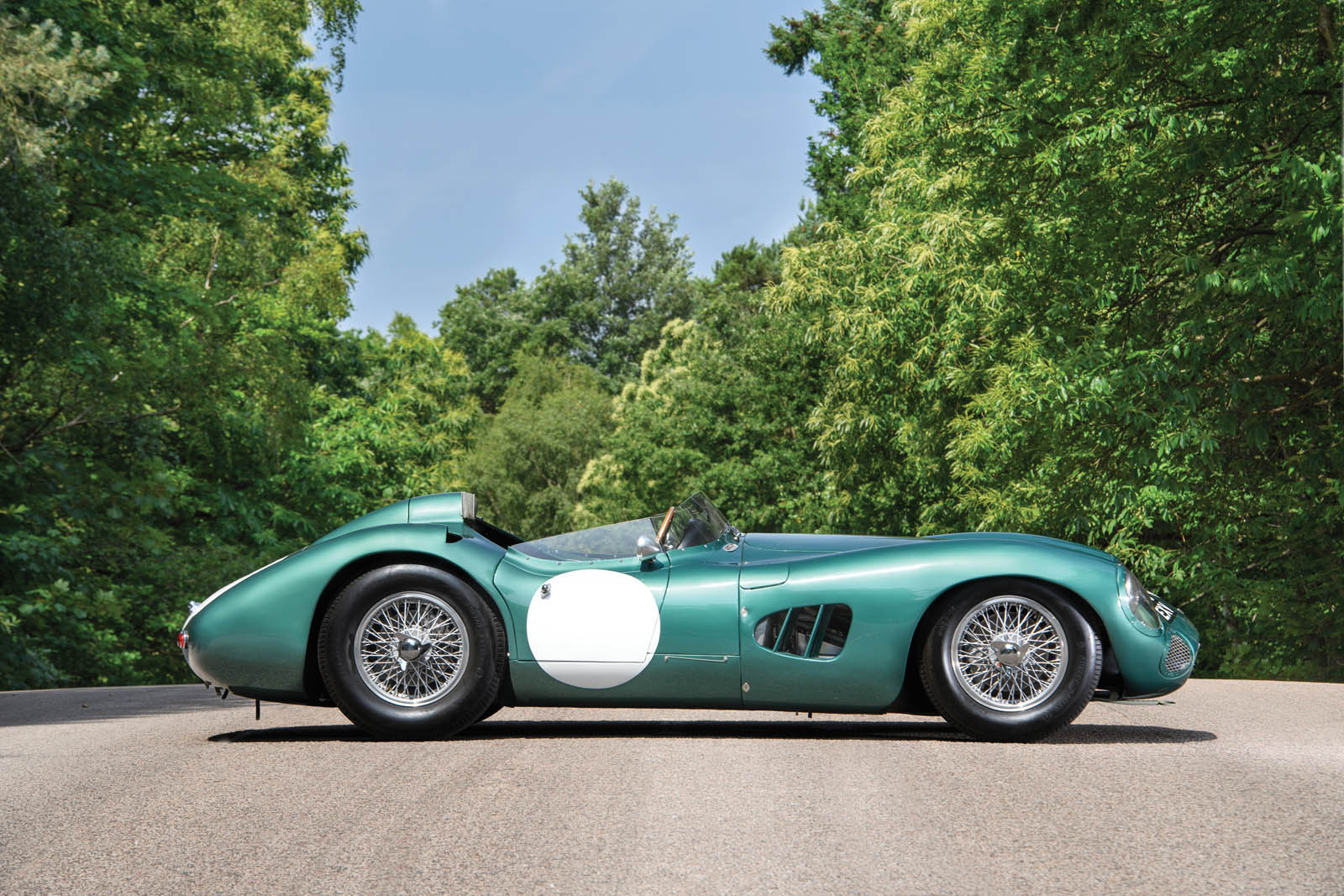aston martin dbr1 sells for record 25 5 million in monterey. Black Bedroom Furniture Sets. Home Design Ideas