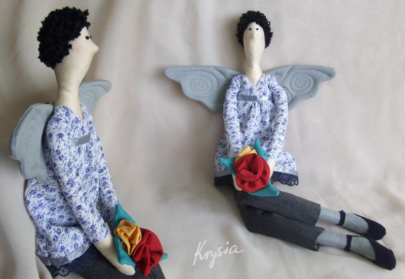 anielica tilda z kwiatami na dzień nauczyciela