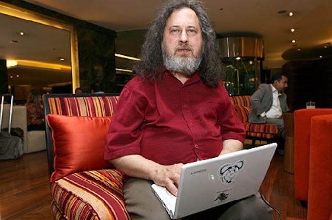 Richard Stallman insta a las escuelas de México a usar Software Libre