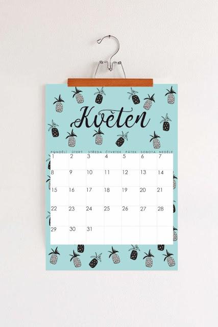 minimal pattern calendar
