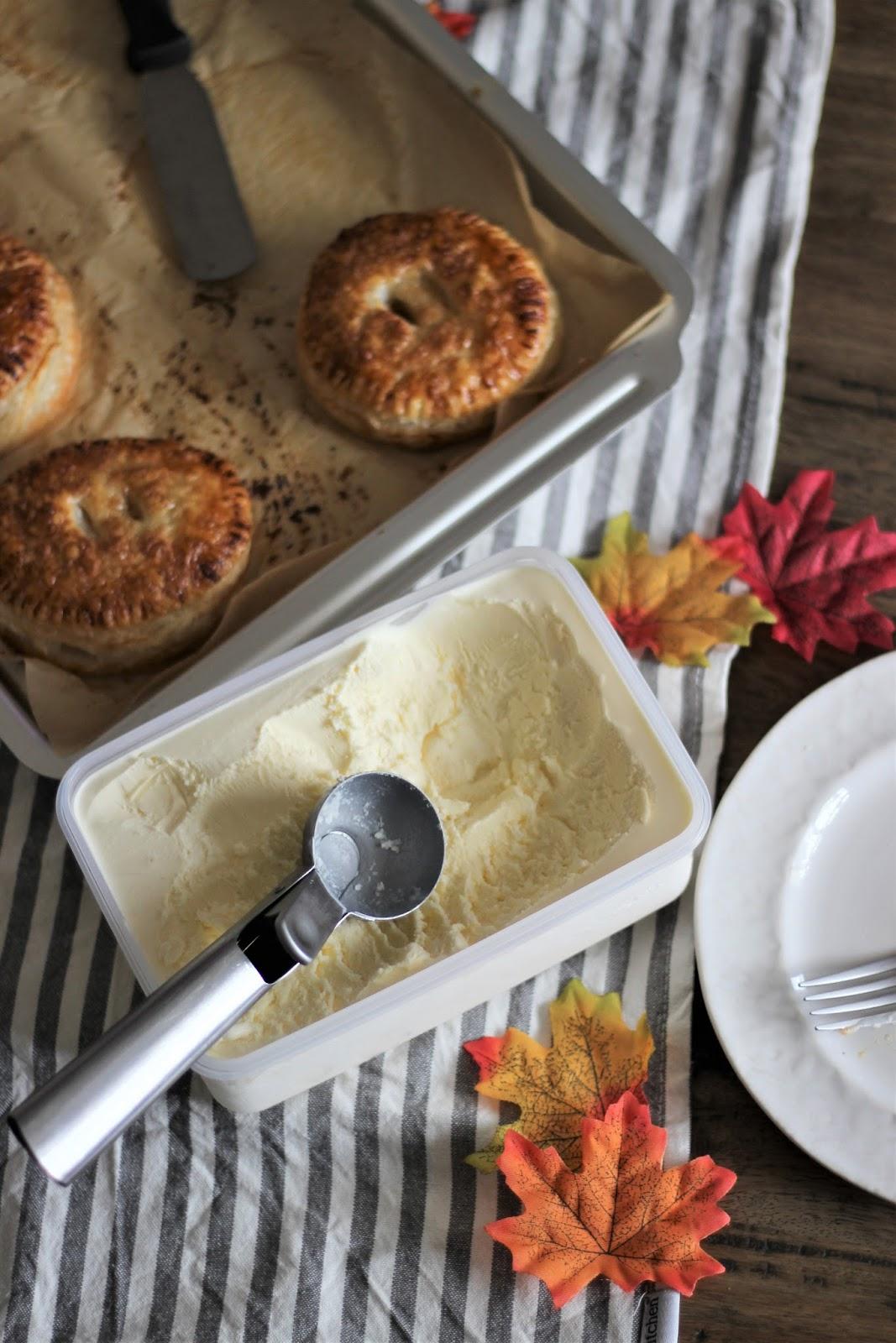 Individual-Caramel-Apple-Pies