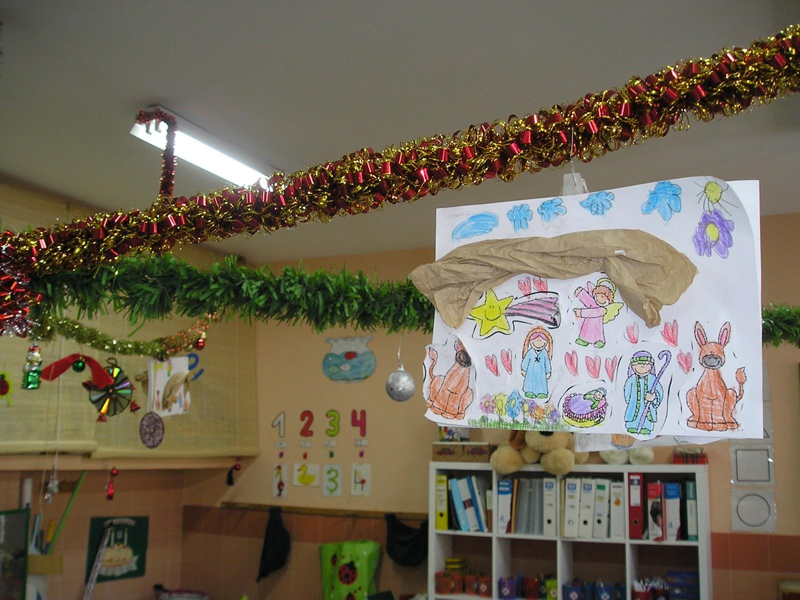 Decoracion de navidad para colegios - Como decorar un salon en navidad ...
