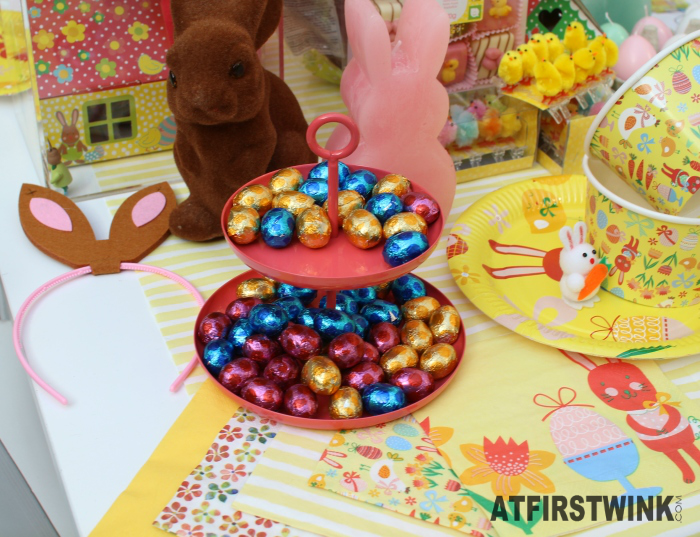 HEMA easter chocolate eggs, napkins, bunny ear hairband, pink bunny candle