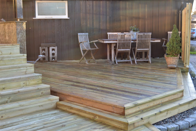 Bygge terrasse - tips. Hele terrassen er klar til bruk. Furulunden