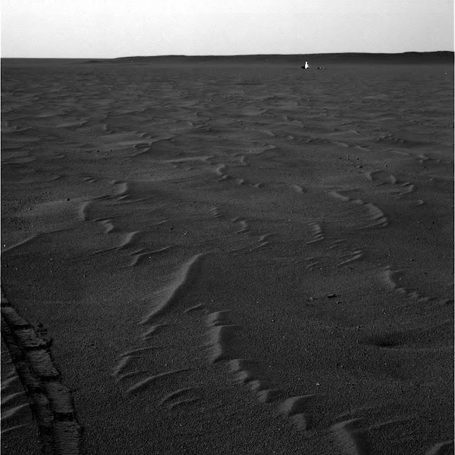 Being Seen On Mars Near NASA Rover In Three Photos! Mars%252C%2Balive%252C%2Brover%252C%2Benergy%2Bbeing%252C%2Bangel%252C%2Btop%2Bsecret%252C%2BUFO%252C%2BUFOs%252C%2Bsighting%252C%2Bsightings%252C%2Bsurface%252C%2Bface%252C%2Bfigure%252C%2Bbase%252C%2Bbuilding%252C%2Bbuildings%252C%2Bstructure%252C%2Bstructures%252C%2Banomaly%252C%2Banomalies%252C%2Bscott%2Bwaring%252C%2Bnasa%252C%2Besa%252C%2Bnsa%252C%2Bcia%252C%2B3