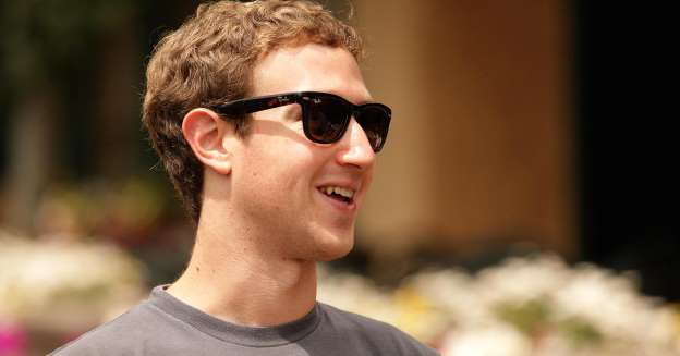 Facebook's Zuckerberg sues hundreds of Hawaiians to force property sales to him