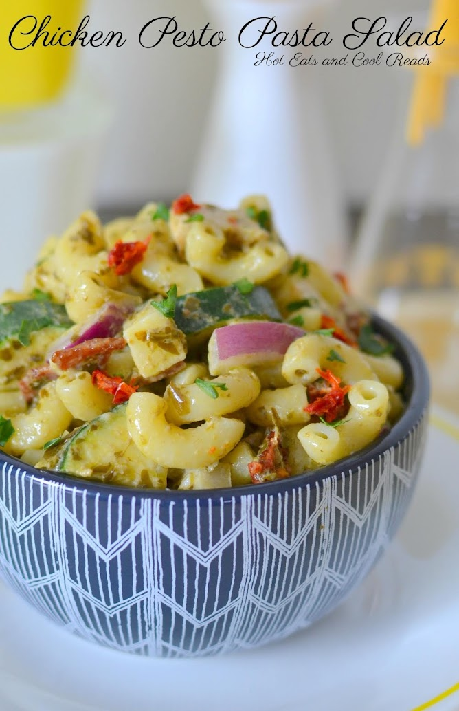 This elbow macaroni pasta salad is packed with chicken, bacon, sun dried tomatoes, zucchini and so much more! Great for any summer picnic or barbecue and a great way to use rotisserie chicken!
