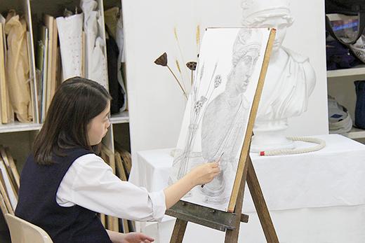 美術クラブ 横浜美術学院の中学生向け教室 2016年6月 石膏像のある静物(2/2)1