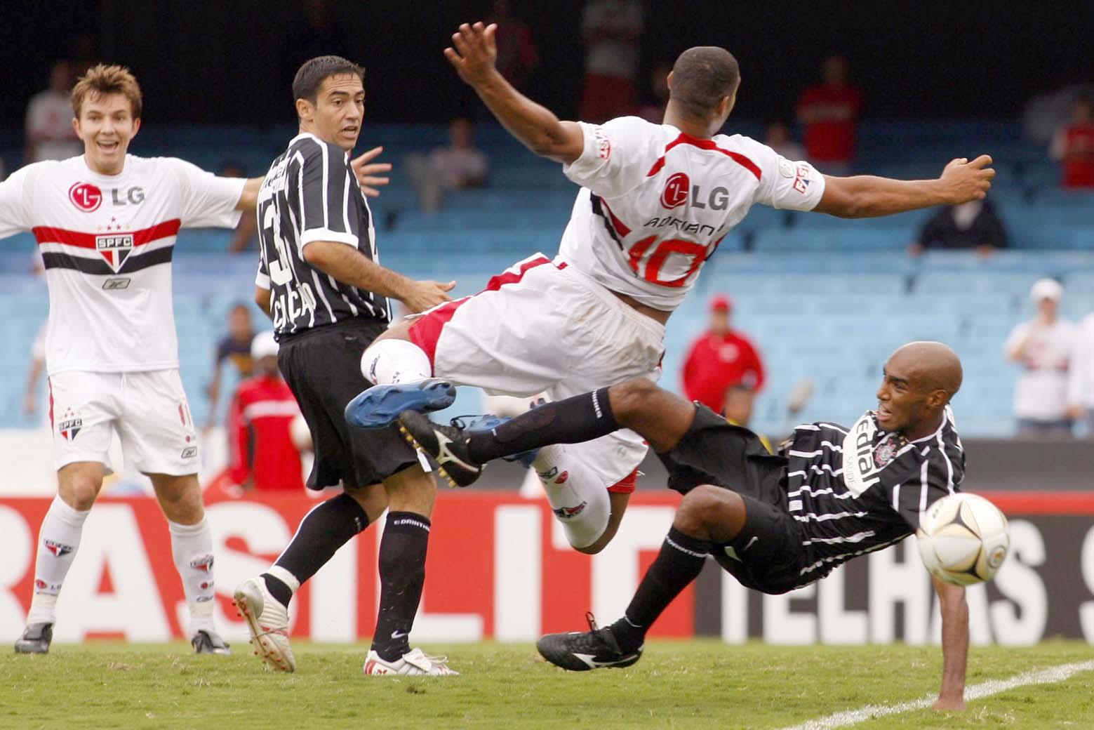 História - Corinthians x São Paulo 2221be5ecf929