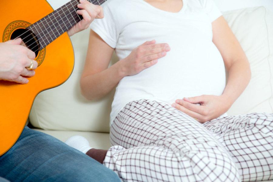 Beneficios de cantar a tu bebé - Todo para nanos